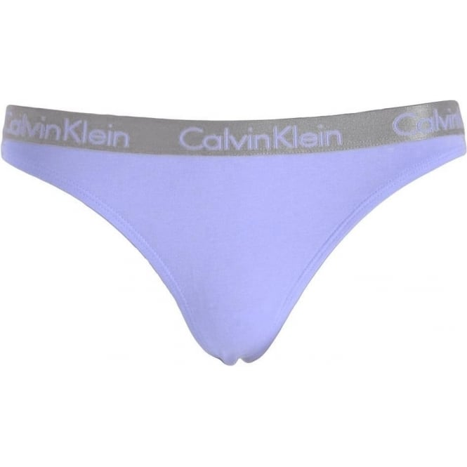eadf6a389b86 Calvin Klein Womens Radiant 3-Pack Thong Vibration/White/Ephemeral